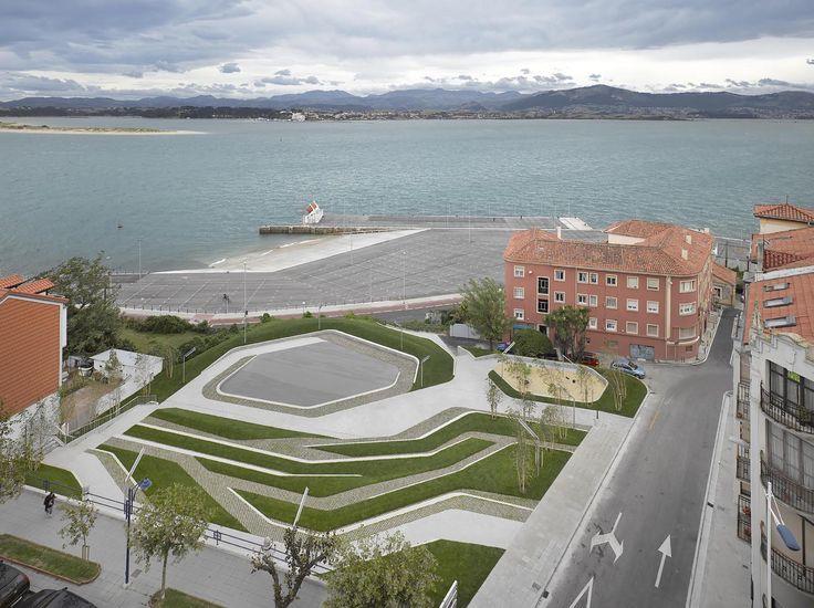 Praça San Martín de la Mar / Zigzag Arquitectura