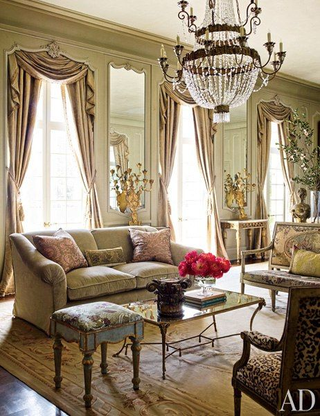 Traditional Living Room By Kara Childress Inc And Newberry Campa Architects In Houston Texas