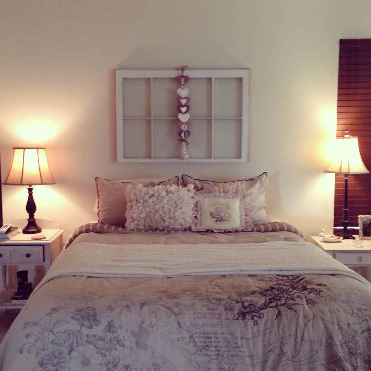 Modern Shabby Chic Bedroom: Shabby Chic Bedroom