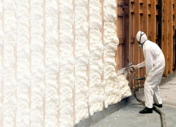 This Type Of Insulation Is A Plastic Material Which Is Applied With A Sprayer To Provide A Continuous Spray Foam Insulation Foam Insulation Spray Insulation