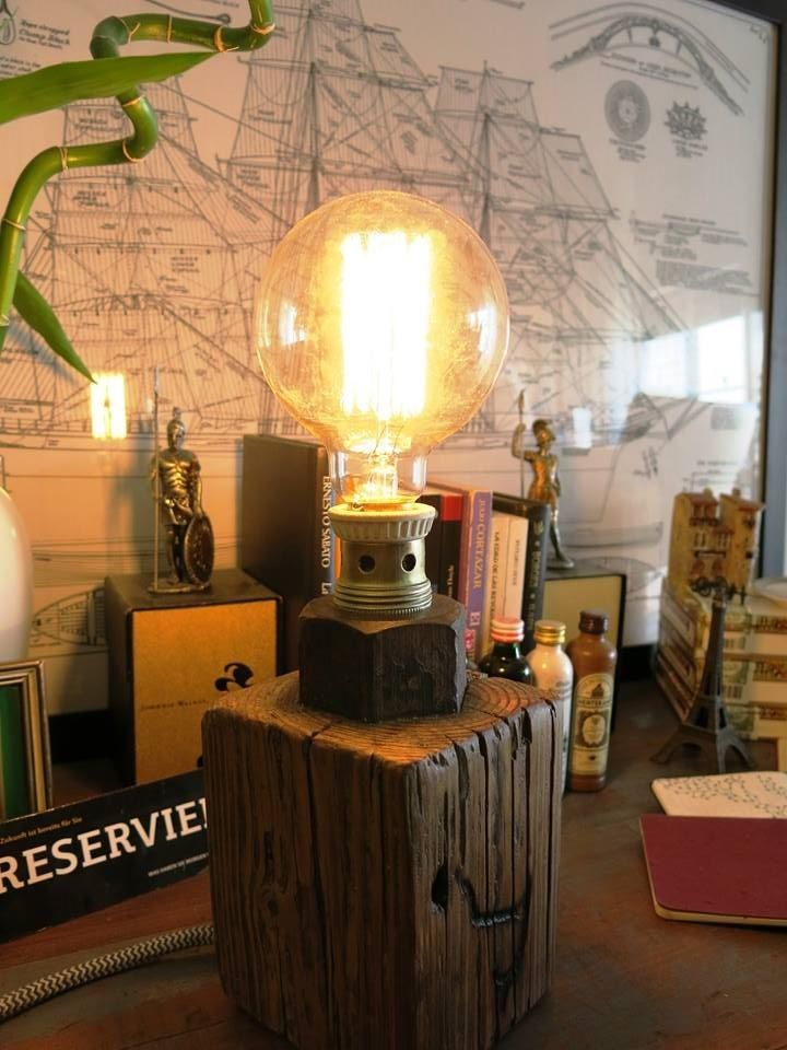 Las lamparas de Helsinki  Son unicas Hechas con madera de pinotea y tuercas recicladas Consultanos! Cada una es unica