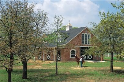 GORGEOUS horse barn by Morton BuildingsDreams Barns, Beautiful Barns, Barns Th Bricks, Bricks Barns, Horses Barns, Barns Stables, Barns Ideas, Barns House, Horse Barns