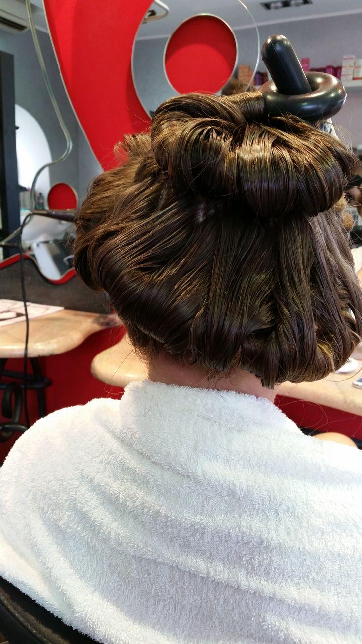 Picasso Hair Beauty presenta Snake: Una tecnica innovativa e un accessorio unico per realizzare i ricci e le onde che hai sempre desiderato senza rovinare i capelli.  #ischia #hair #parrucchiere #hairstylist #hairstyle #fashion #capelli #hairstyle #girl #look #picassoischia
