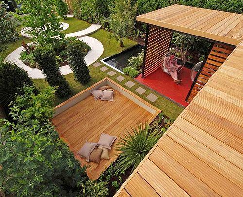 Diarmuid Gavin designed back yard via:Lyndar T. Merciless