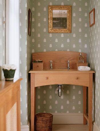Striking wallpaper cloakroom design