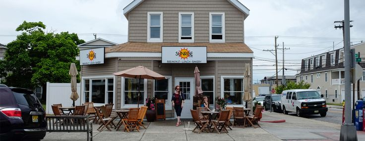 Family friendly restaurant in Ocean City NJ - serving breakfast and lunch daily in downtown Ocean City NJ -- Restaurant Ocean City NJ -- www.sunrisecafeoc.com