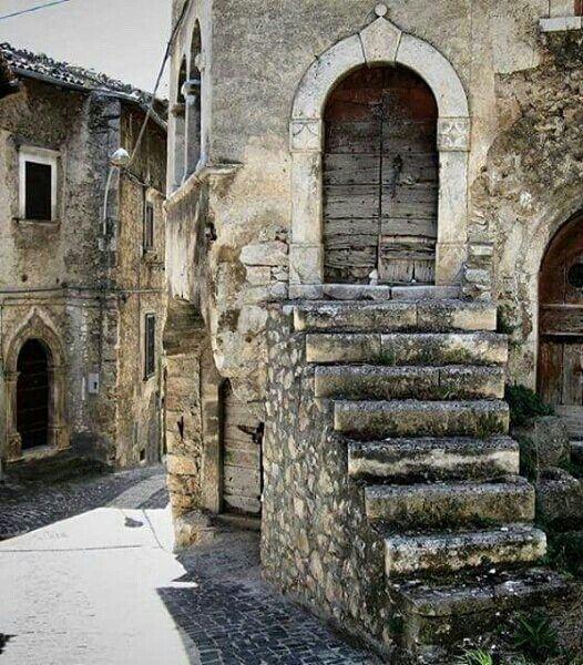 Navelli, L'Aquila, Abruzzo