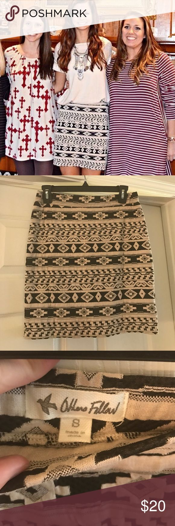 Tribal print skirt Only worn once!! Adorable skirt with elastic waist band. Pairs great with cream colored top. Make an offer! Skirts