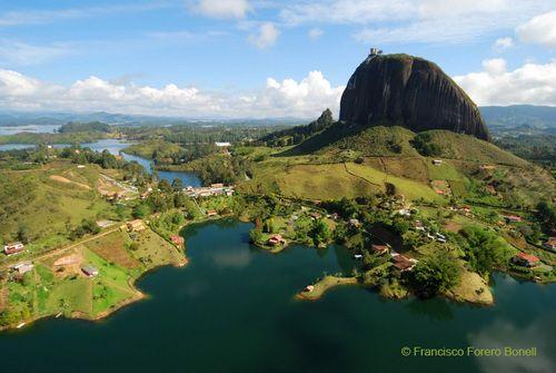 http://mw2.google.com/mw-panoramio/photos/medium/7006315.jpg