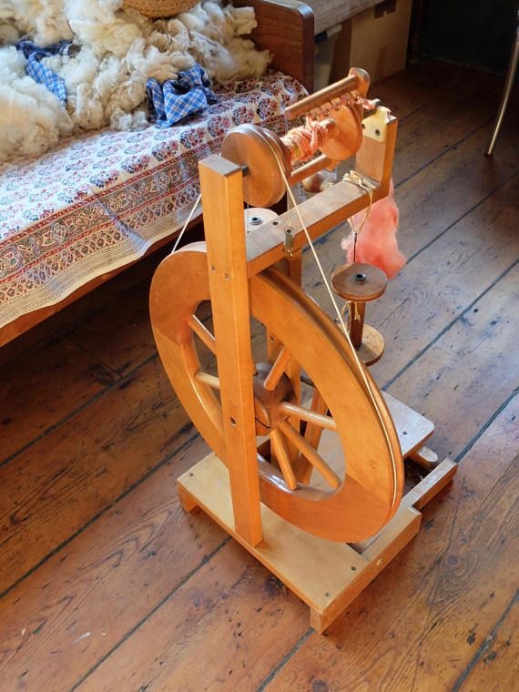 Ashford Upright Travel Spinning Wheel