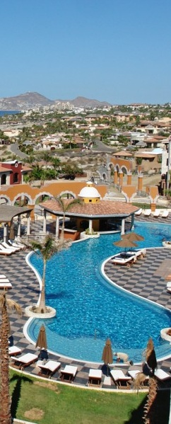 Pool meets paradise in #Mexico.