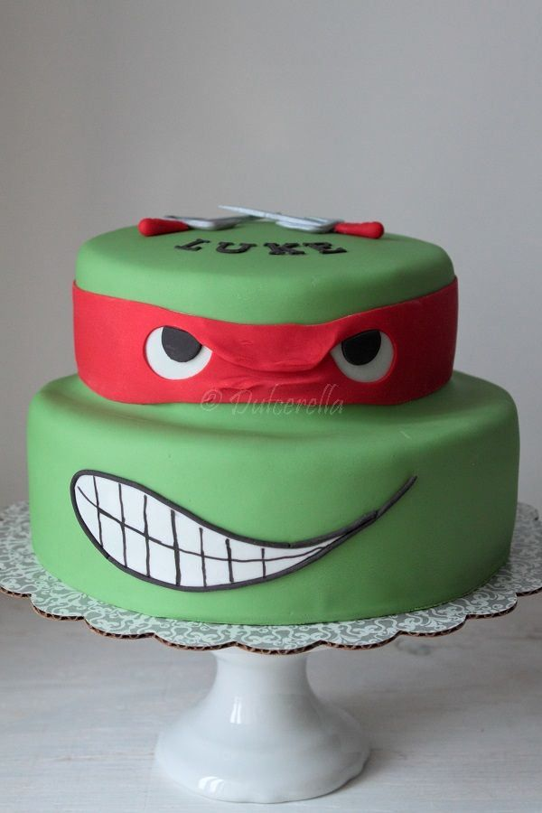 https://flic.kr/p/kcYEFx | Turtle Ninja Cake | Double chocolate cake with chocolate buttercream