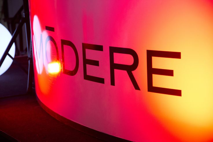 Modere Signage