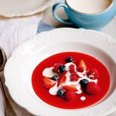 Raspberry or strawberry coulis | French dessert recipes | Red Online