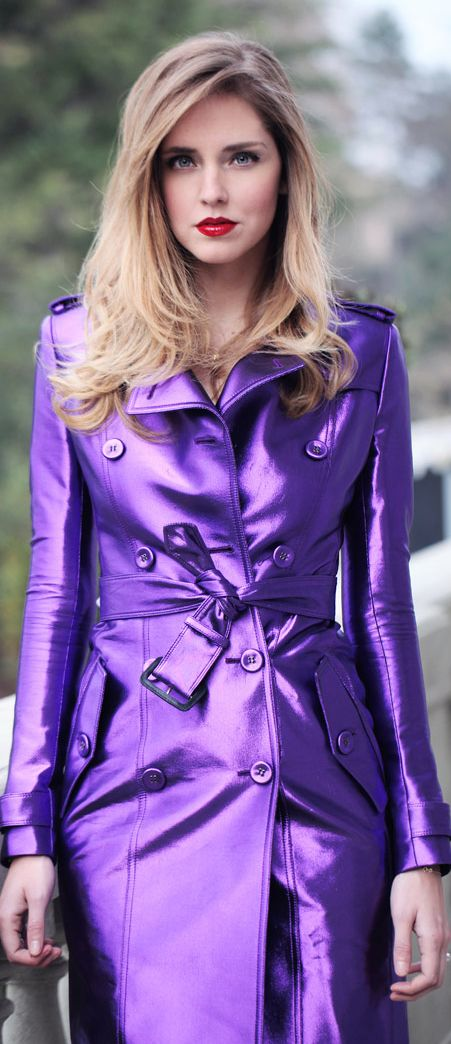 ❤️ I used to rock a purple trench coat back in the day.  Loved it!  Have to get another one.
