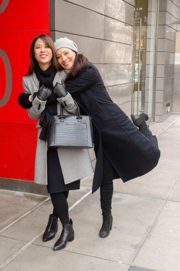 Lucy Liu and Samantha Quan - ELEMENTARY - BTS