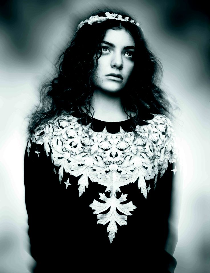 BLK #19: Lorde in Ksubi and Rue De Seine by Charles Howells Styling: Rachael Churchward Hair: Lauren Gunn Make-up: Carolyn Haslett