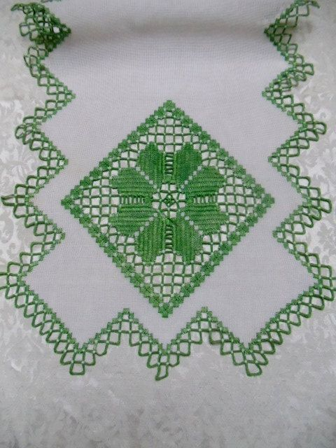 1000 Images About Table Runners On Pinterest Embroidery Madeira And Runners