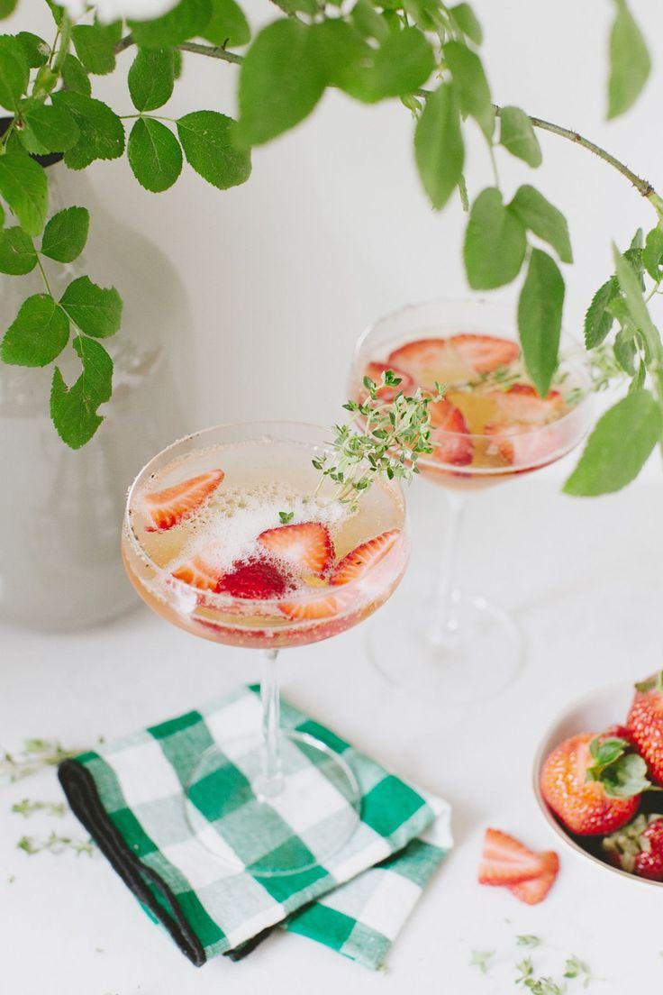 Cocktail Recipe :: Summer Strawberry Gin Spritz | coco kelley | Bloglovin' #summercocktails