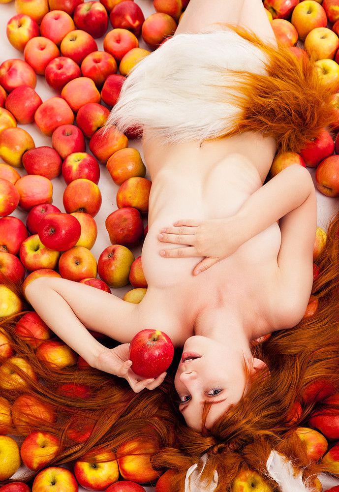 красивые голые девушки 18 каталог