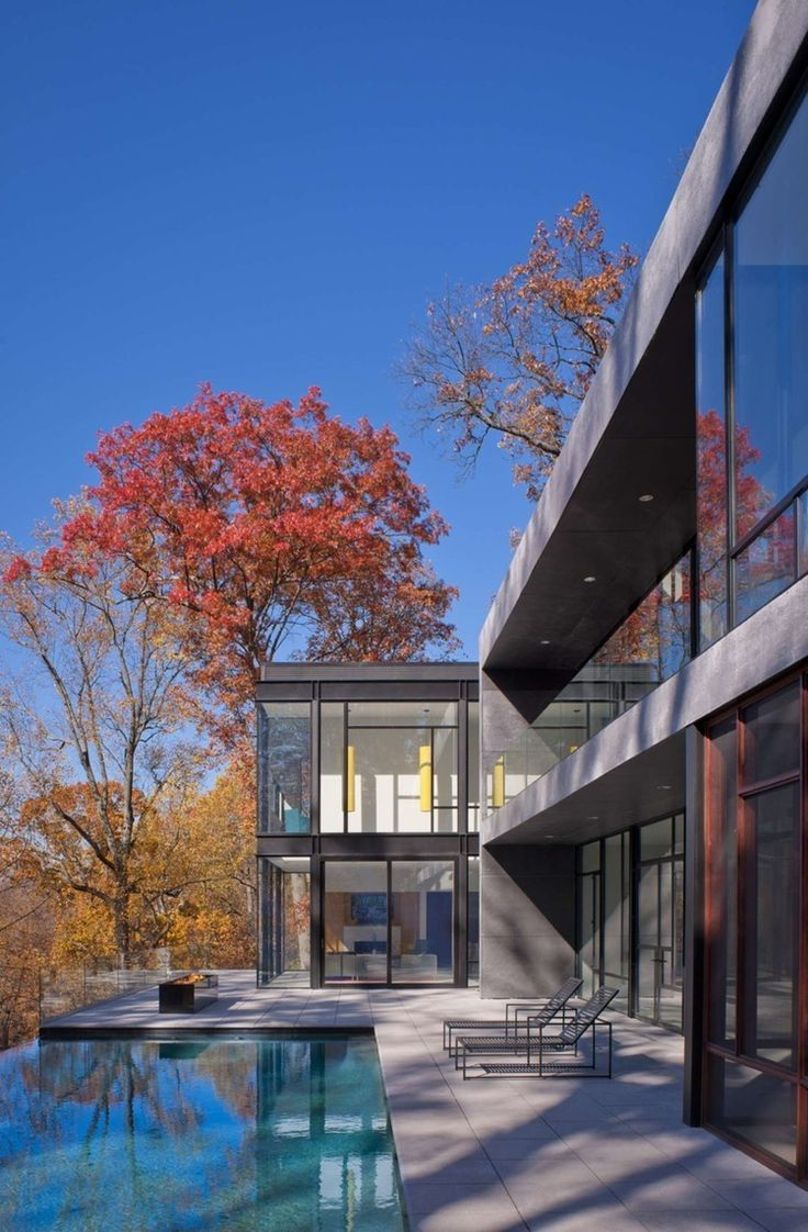 Glen Echo Residence by Robert M. Gurney