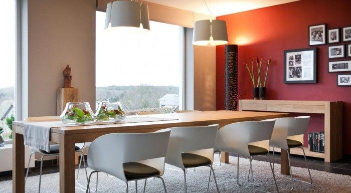 In hedendaagse woningen wordt de accentwand veel toegepast. deze kan in allerlei ruimtes worden toegepast zoals de woon- of slaapkamer