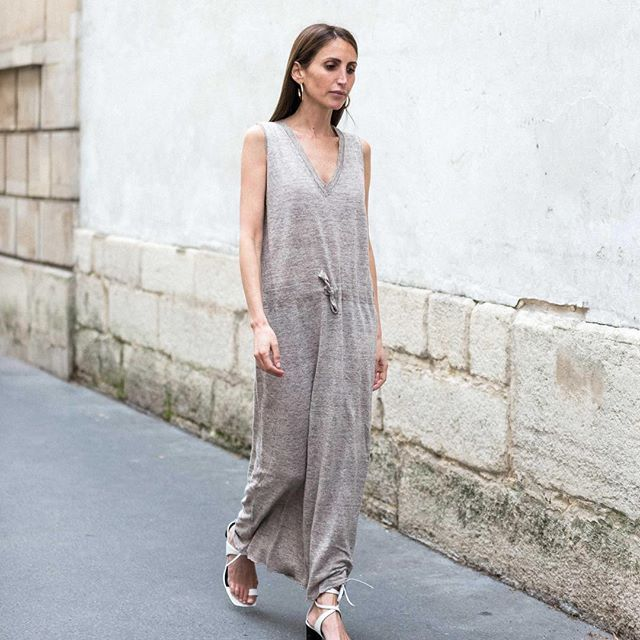 Survive parisian heat wave in 100% linen dress   #fine_paris #summer #newin #linen #availableonline
