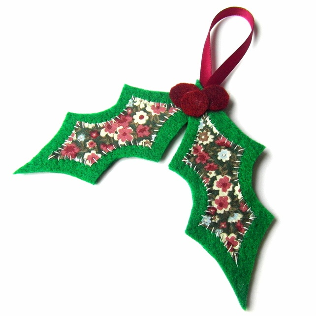 Christmas Holly Tree Decoration - Felt  by An Owl to the Hollow