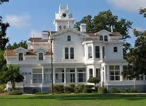 Meek Mansion, Hayward, California - hey i want a mansion just like that!!!