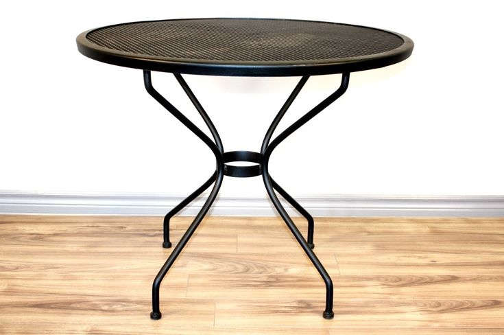 Round Table Bedroom Furniture: Best 25+ Round Patio Table Ideas On Pinterest