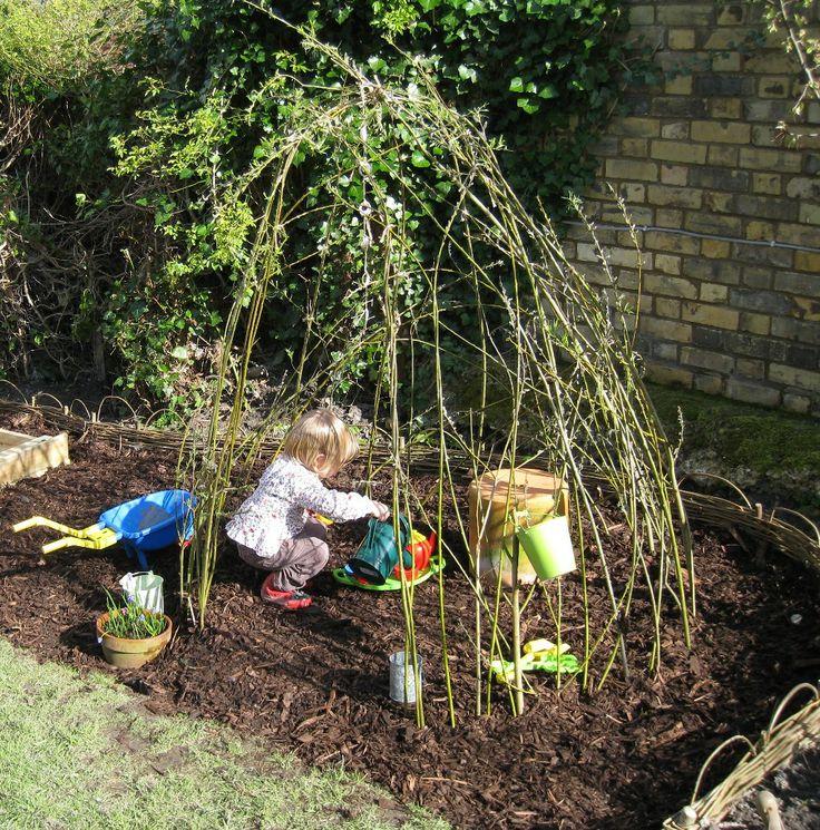 Grow a Living Willow Wigwam by silverpebble.me.uk http://tinyurl.com/crchs6w  #Willow_Wigwam #Garden #Kids #silverpebble_me_uk: Gardens Kids, Gardens Wigwam, Willow Wigwam Gardens, Gardens Patio, Living Forts, Gardens Spaces, Beans Pol, Gardens Parties, Silverpebblemeuk