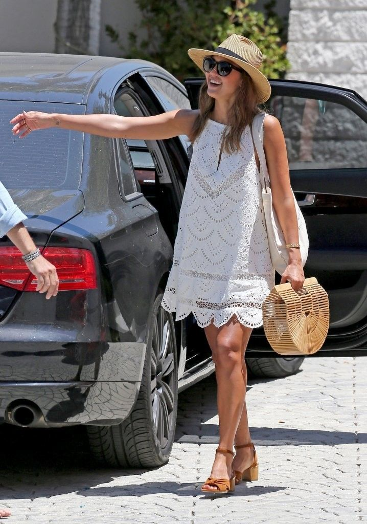 This lace eyelet swing dress is adorable!  The hat & sunglasses are perfect. Jessica Alba outfit