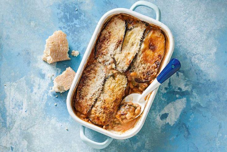 Kijk wat een lekker recept ik heb gevonden op Allerhande! Ovenschotel met aubergine en witte bonen