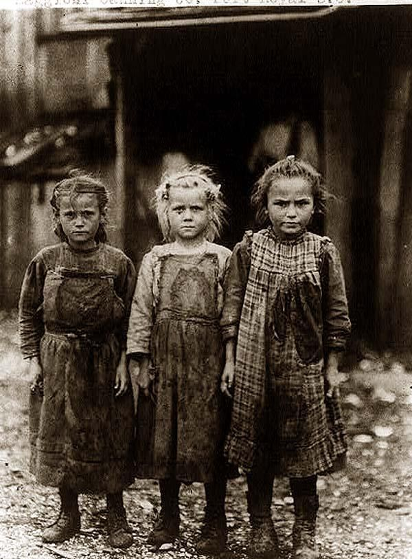 Child labor... oyster shuckers, Port Royal SC early 1900s.