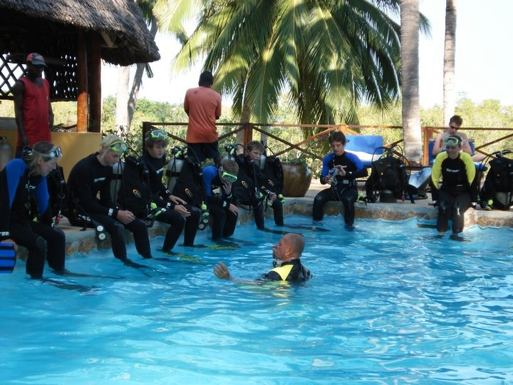 Diving lessons by Audie Murphy at Kinasi Lodge, Mafia Island
