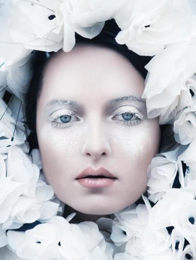 Vika Bolkina: white makeup