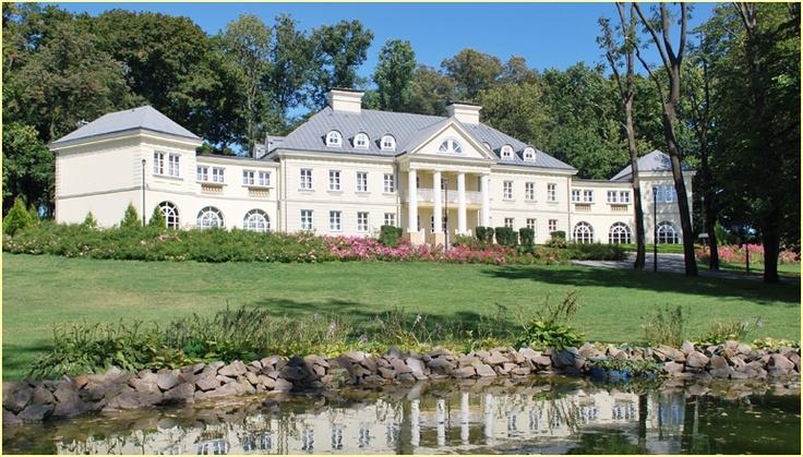Pałac Śmiłowice // Niezwykłe eventy stworzy dla Ciebie http://www.eltoursandevents.com
