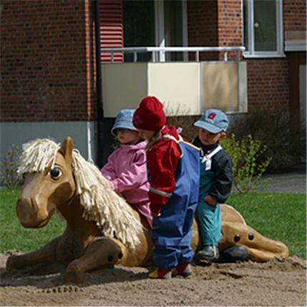 SIK-Holz park- och lekutrustning