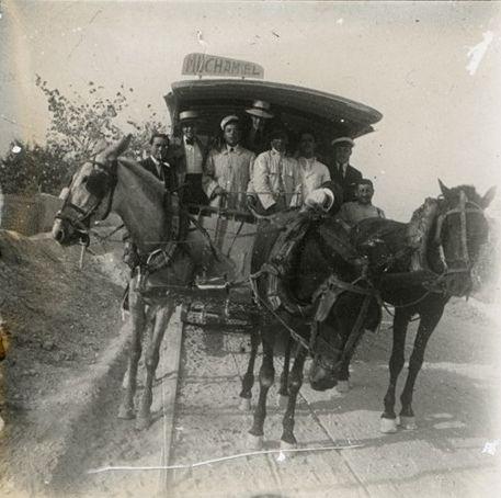 Línea del Tranvía Muchamiel-Alicante. Modelo de tranvías de tracción animal Año: 1901. Archivo Ayuntamiento. Colección: FRANCISCO RAMOS MARTÍN