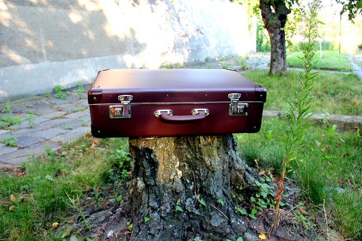 Retro brown #suitcase by #Kazeto