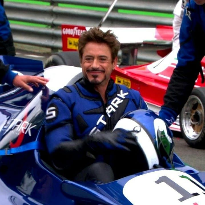 Lron Man 2 Bts Robertdowneyjr Robertdowneyjr Teamstark Jonfavreau Marvel Robert Downey Jr Iron Man Rober Downey Jr Iron Man Tony Stark