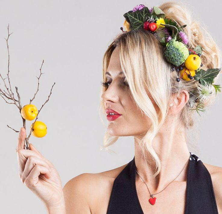 MIMI - Neckholder-Schürze mit Früchten von SHEELA Housewife Revolution
