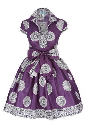 ..I seriously want to wear this dress everyday! Vintage silhouette, ethnic print. Adore.