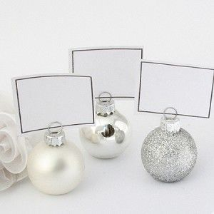 Absolutely love this idea for holiday events as well.  Ornament Place Cards