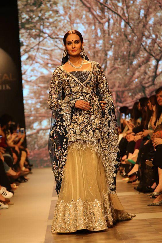 Shamsha Hashwani Bridal Collection At Plbw17 With Images Bridal Dresses 2017 Pakistani Bridal Dresses 2018 Pakistani Bridal Dresses