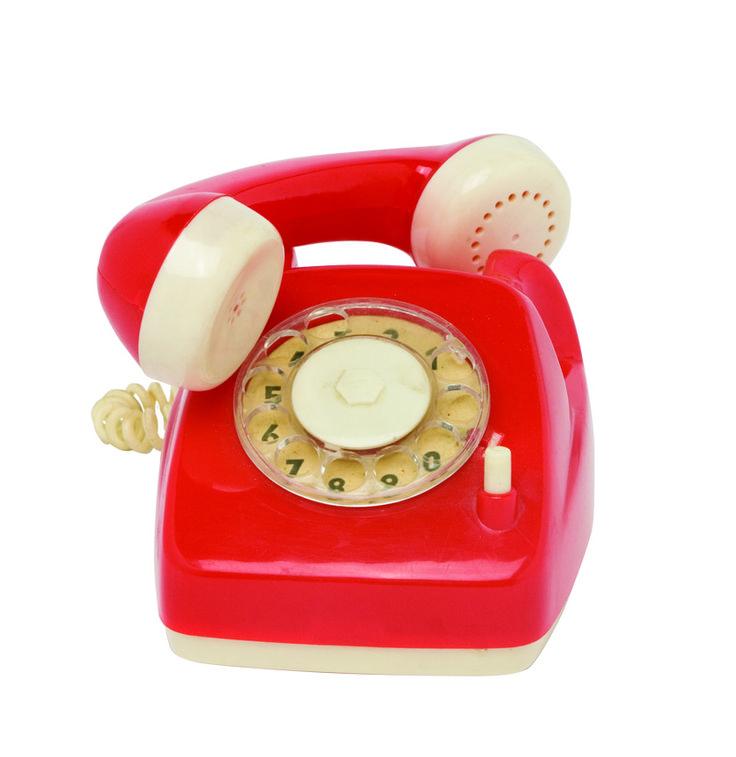 1970 - Un jouet, téléphone pour les enfants, rouge-blanc, collection privée © Solo-Mâtine