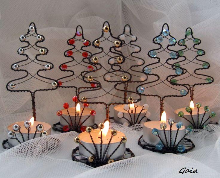 ...malý...čajový...+Stromečkový+malý+svícínek...dáreček+:-)+Rozměry:+12+cm+...výška+Cena+je+za+jeden+stromek+bez+svíčky.+Do+objednávky+připište+barvu,+jakou+si+přejete.+Gaia2015