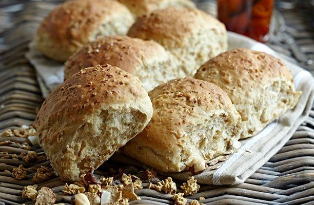 Spis mysliboller til morgenmad og bliv bomstærk! Her får du en opskrift på super sunde boller, perfekte til morgenmaden