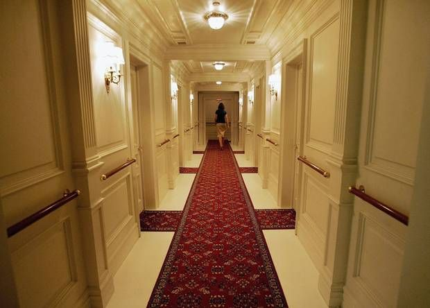 First class corridor on titanic titanic pinterest Who was on the titanic in first class