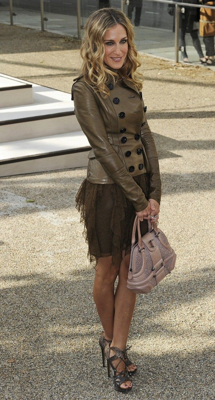 Sarah Jessica Parker - love her hair here and the shoes.